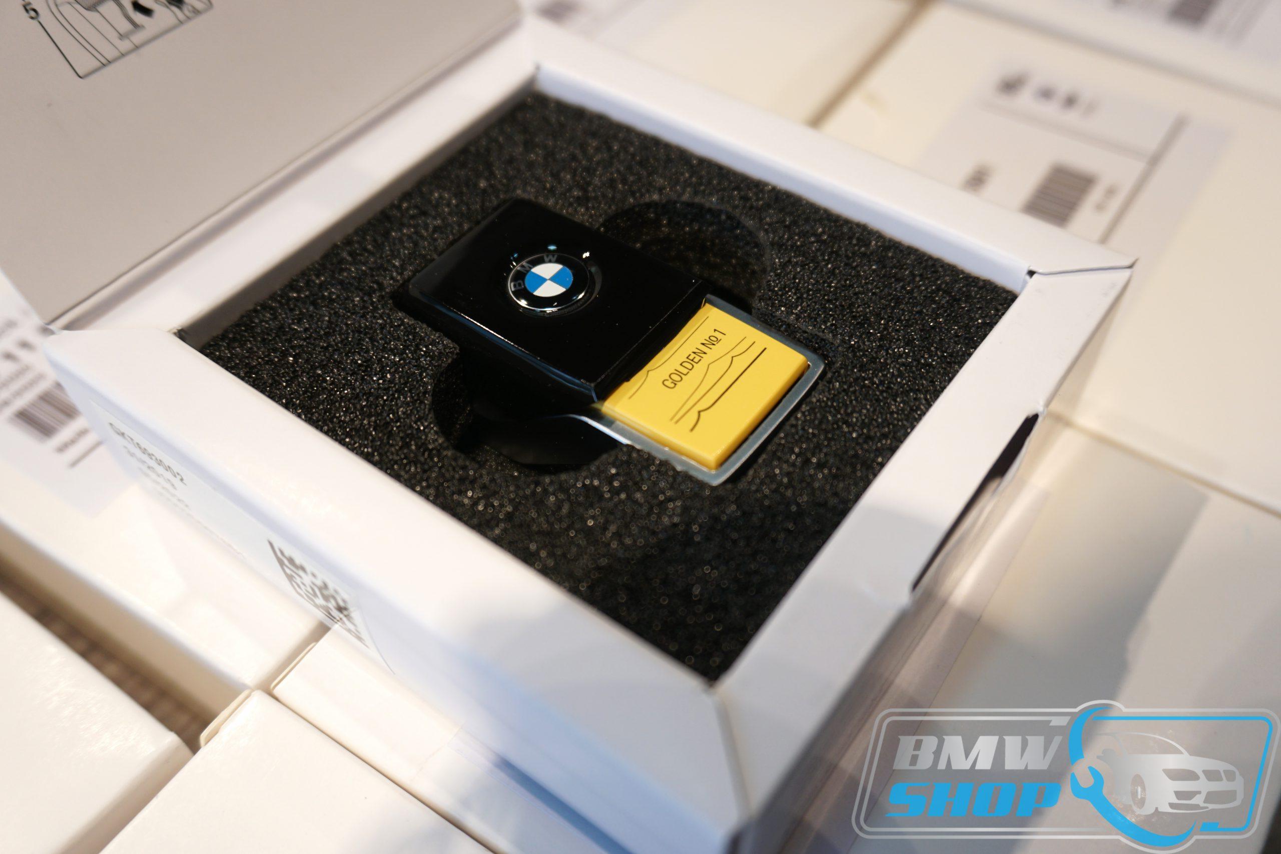 Sim sáp thơm chính hãng BMW - BMW G30 Perfume - Golden Suite No.1 Light
